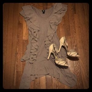 H&M tan dress size small